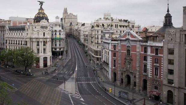 gran via madrid vacia